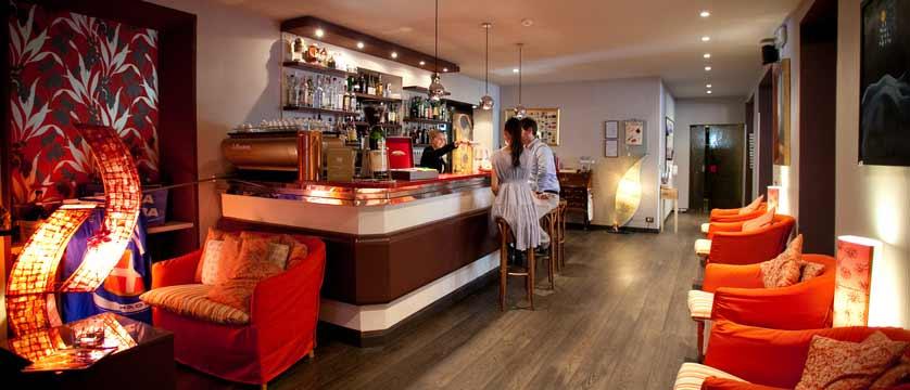 Hotel Giardinetto, Lake Orta, Italy - bar.jpg